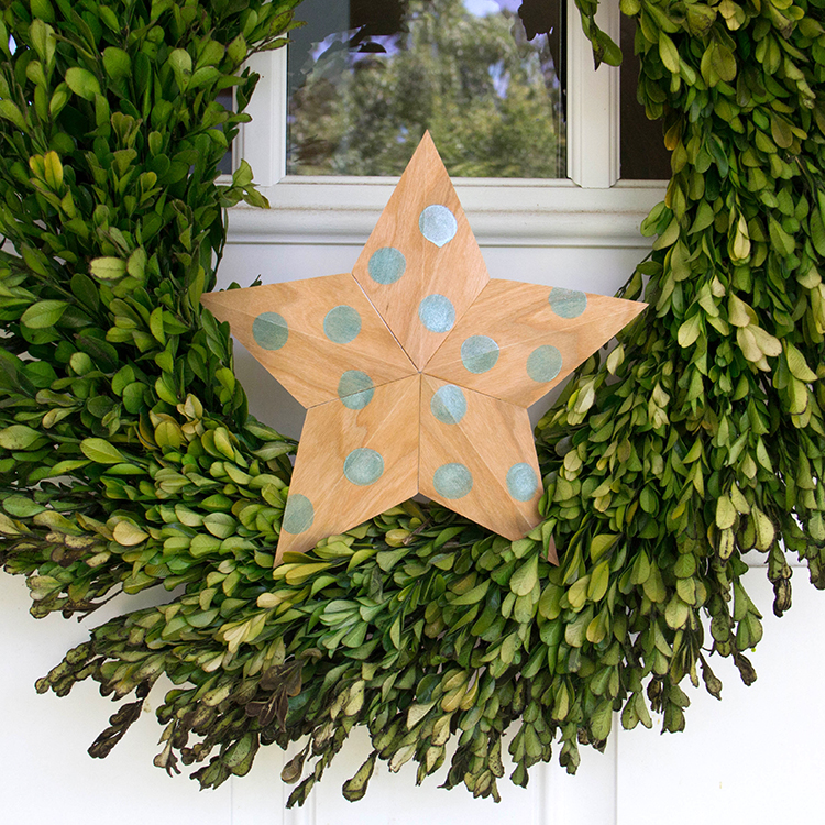 Jacquard Wreath Star